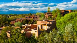 Santa Fe hotels near Loretto Chapel