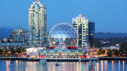 Vancouver hotels near Pacific Centre Shopping Mall