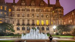 Sheffield hotels near Sheffield Town Hall