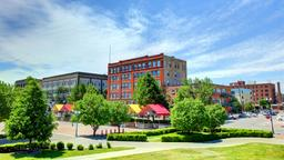 Hotels near Grand Forks airport