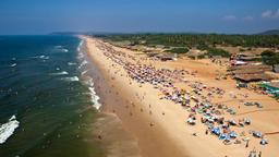 Candolim hotels near Sinquerim Beach