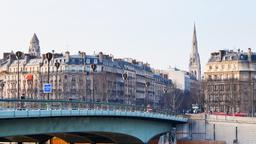 Paris hotels near Pont de l'Alma